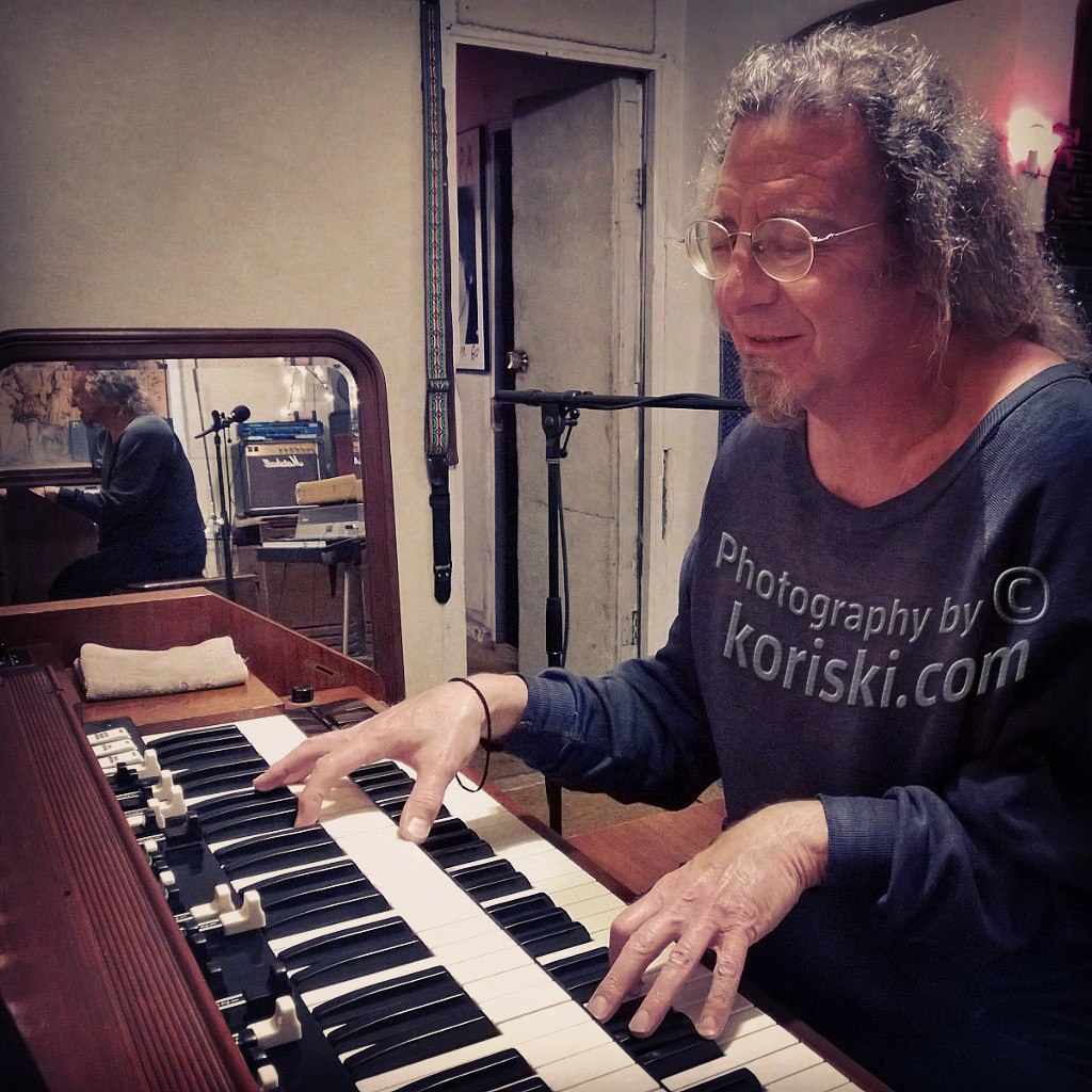 Tommy Mars in studio playing a Hammond organ
